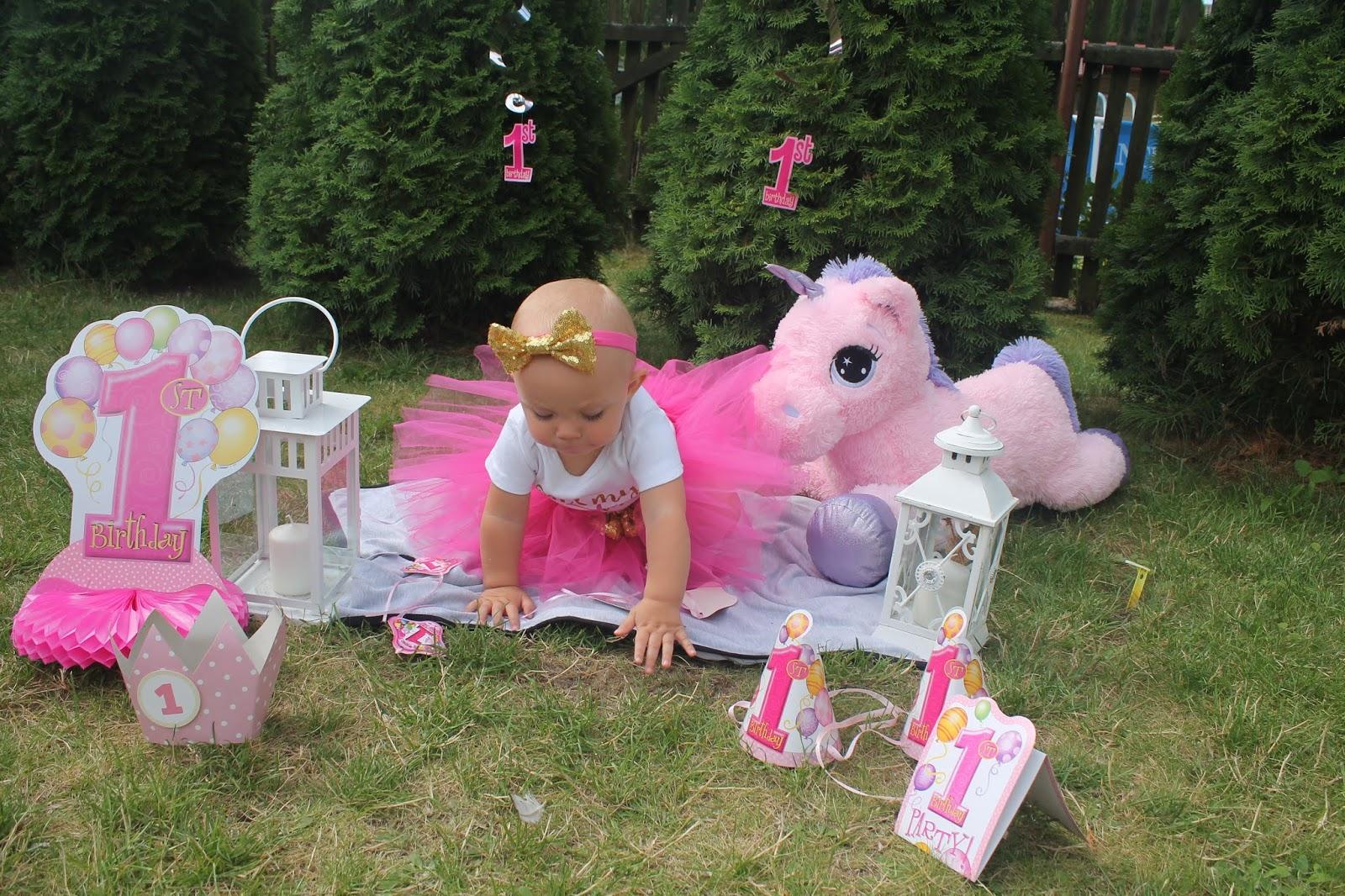 sesja na roczek dla dziewczynki diy