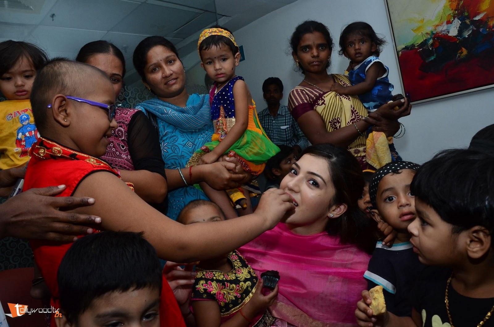 Mehreen Kaur at Apollo-HQ-Photo-12