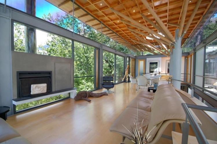Uma casa contempor nea na selva africana design innova for Casa di vetro contemporanea