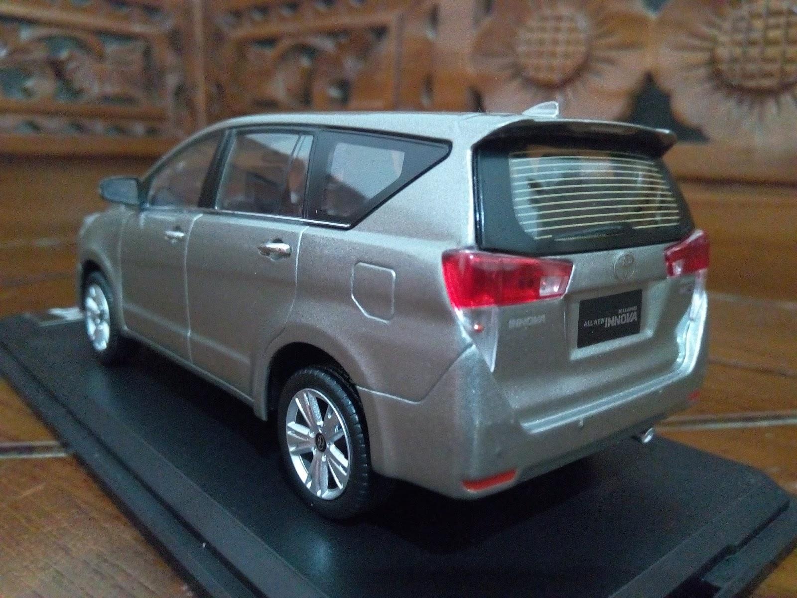 new kijang innova spesifikasi toyota grand veloz 1.5 2016 miniatur diecast mobil