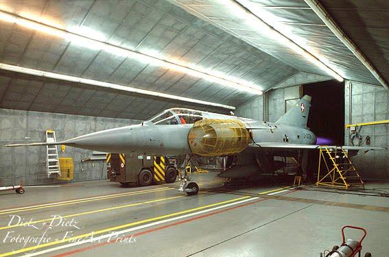 Die letzte revidierte Mirage. Die J-2331 mit Nachbrenner im Bremshaus