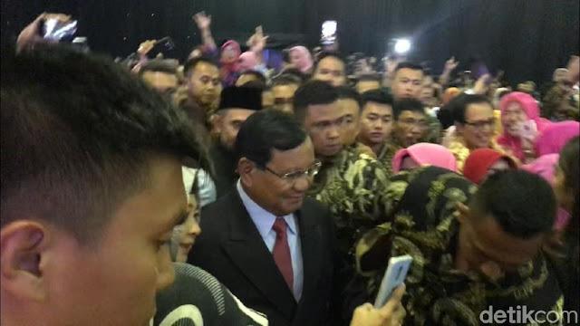 Sempat Absen Kampanye, Prabowo Hadiri Acara Rektor-Aktivis Kampus