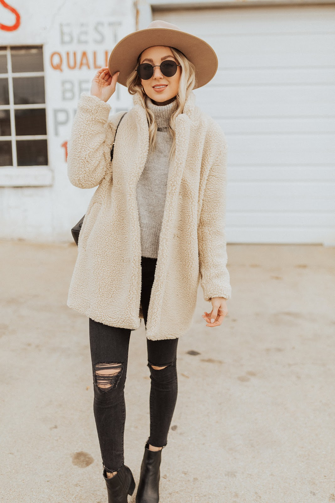 neutral winter outfit idea