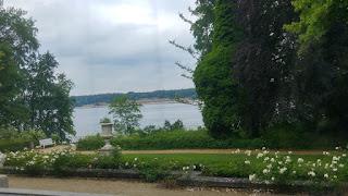 נוף אגם ואנזה
