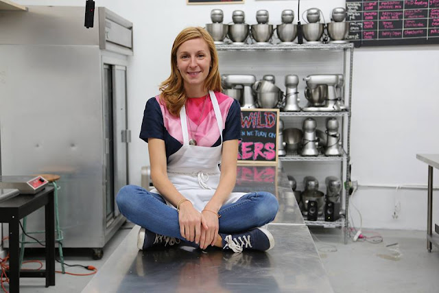 Christina Tosi husband, married, age, birthday, pregnant, net worth, cookbook, recipes, masterchef, milk bar, chef, cookie recipes, wiki, biography