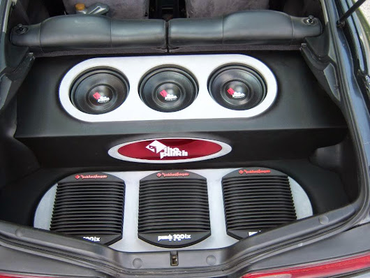 2001 Acura Integra & Old School Rockford Fosgate