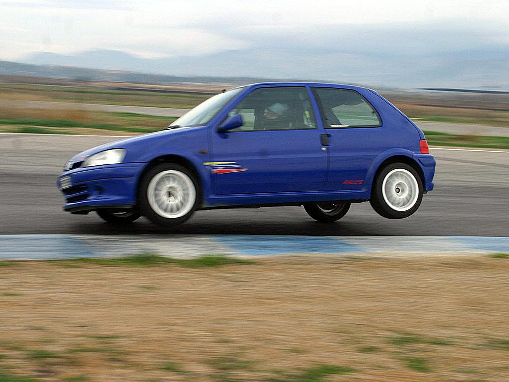 "Peugeot%2B106%2BRallye 15 ""φθηνά"" μεταχειρισμένα που στρίβουν σαν τρένα Audi S3, BMW M3 E46, Ford Focus RS, Lancia Delta Integralle, Lotus Elise, Mazda RX8, Mitsubishi Evo, Nissan Sunny GTI-R, Peugeot 106 Rallye, Porsche Boxster, Subaru Impreza WRX, zblog, αυτοκίνητα"