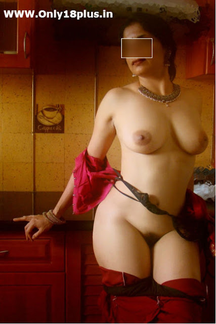 chodo,lund,sexy nude women,newly married bhabhi ki gaand