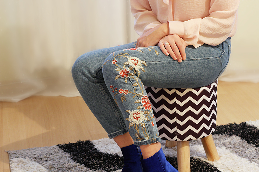 VELVET BOOTS AND FLOWER EMBROIDERED JEANS – SAMMYDRESS.COM