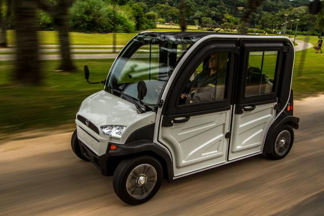 O modelo e.coTech4 tem capacidade para levar quatro passageiros e atingir uma velocidade de até 60 km/h.Foto Hitech Electric