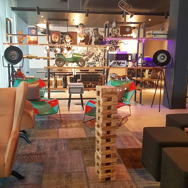 moxy london stratford lobby