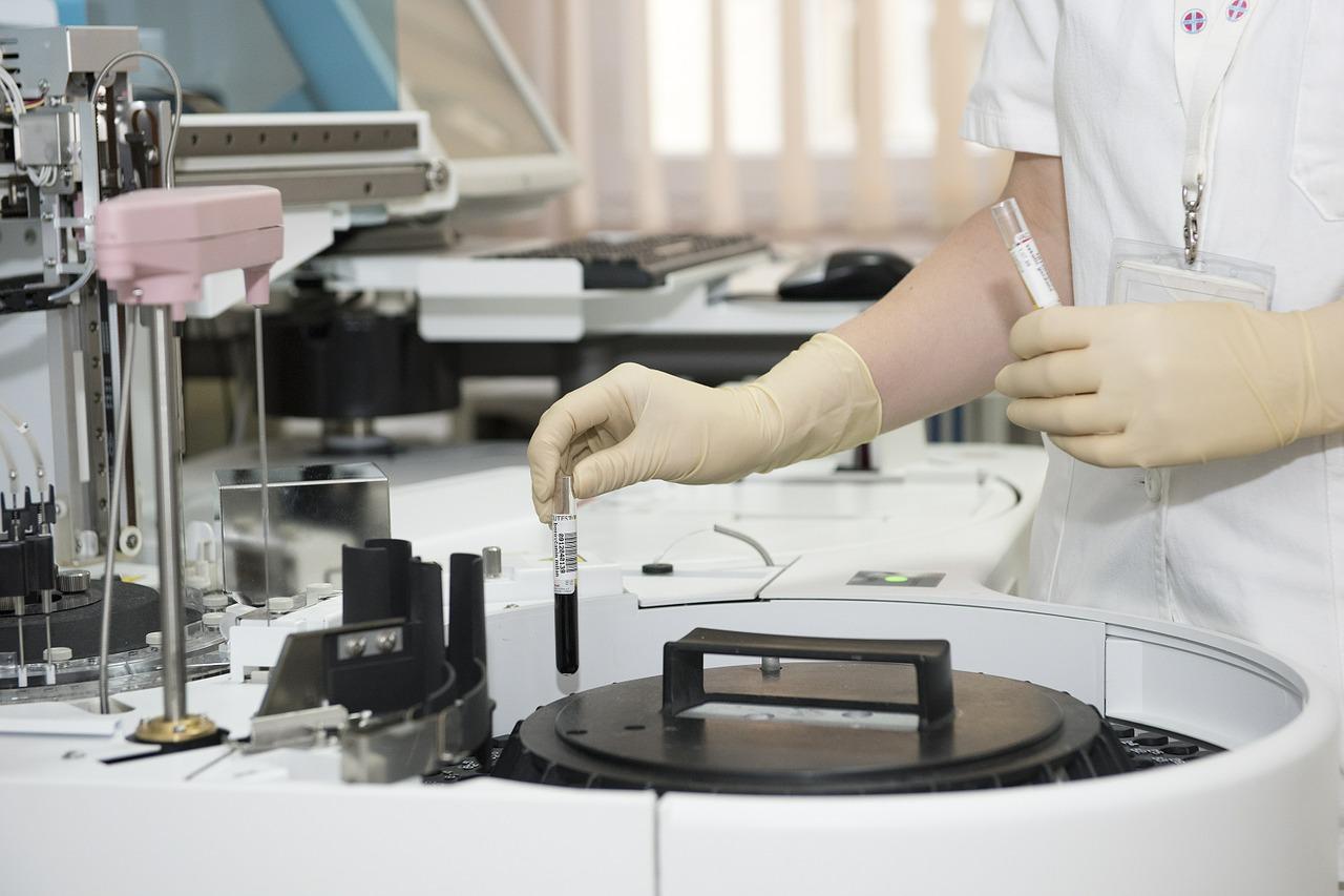 Laboratory Tech: Understanding the Evolution of Modern Healthcare
