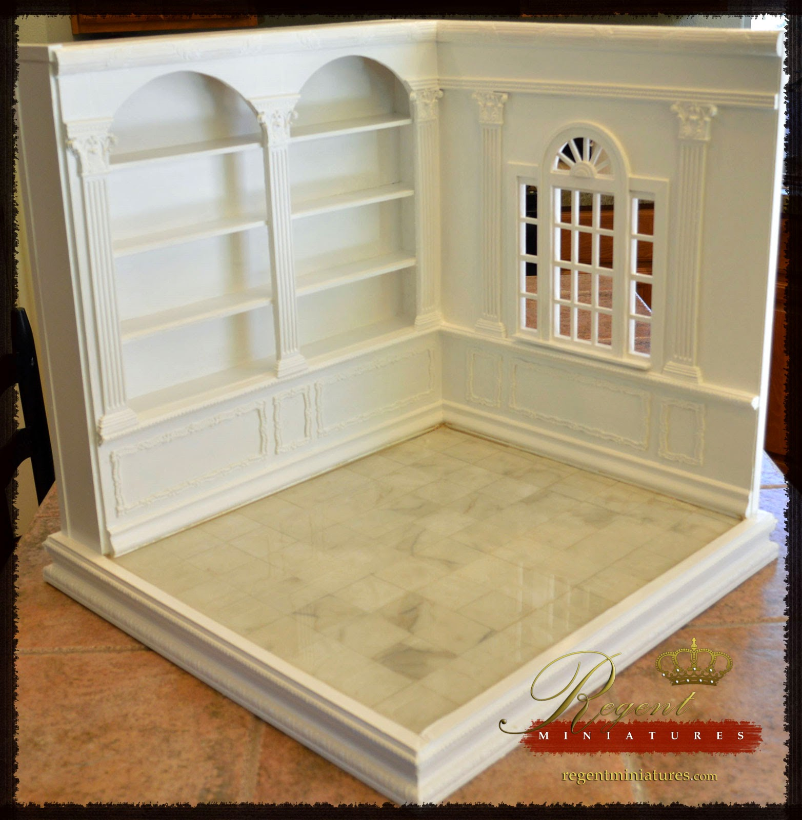regent miniatures 1 6 scale room box with library coming. Black Bedroom Furniture Sets. Home Design Ideas