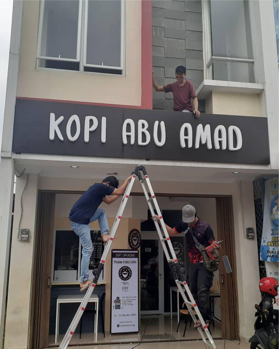 plang huruf timbul logo acrylic