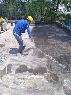 waterproofing polyurethane spray