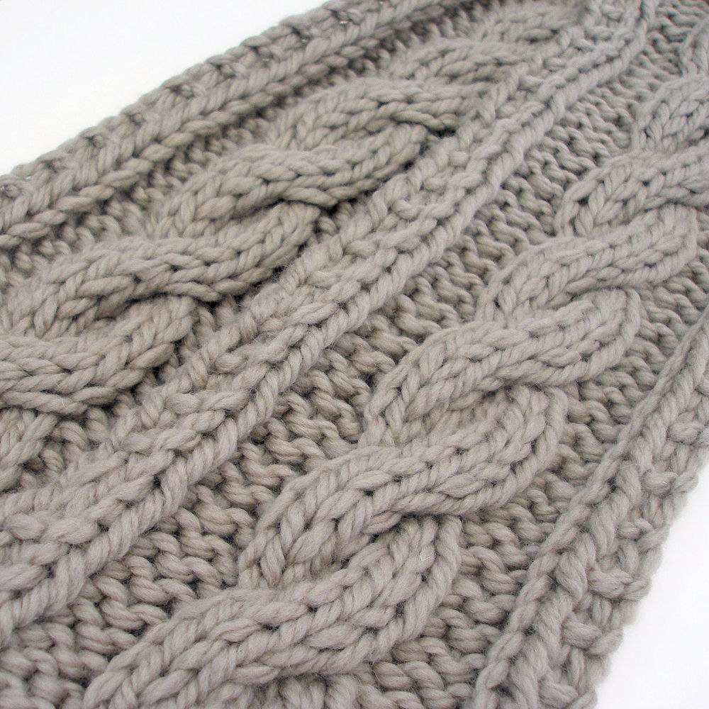 Bulky Knit Reversible Cable Braid Scarf