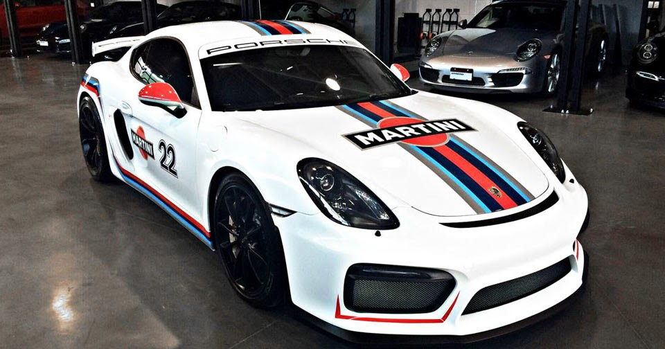 porsche cayman gt4 looks spot on with martini racing stripes. Black Bedroom Furniture Sets. Home Design Ideas