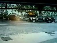 Terekam CCTV, Ini Video Detik-detik Kecelakaan Antara Mobil Polisi Vs Sedan di Pati
