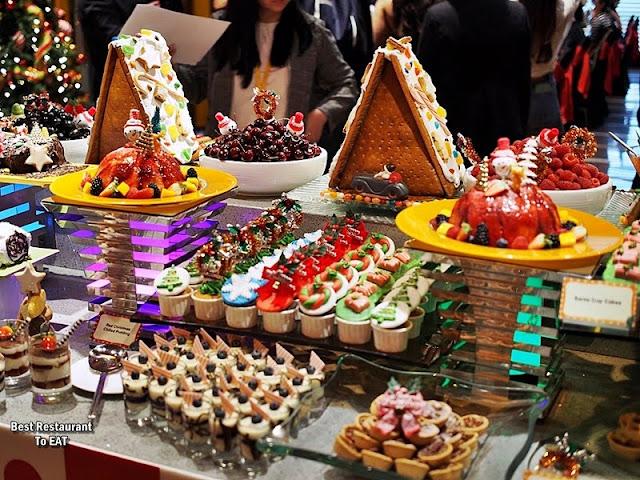 Christmas 2019 Decor Sunway Hotel Resort & SPA  Dessert Selection