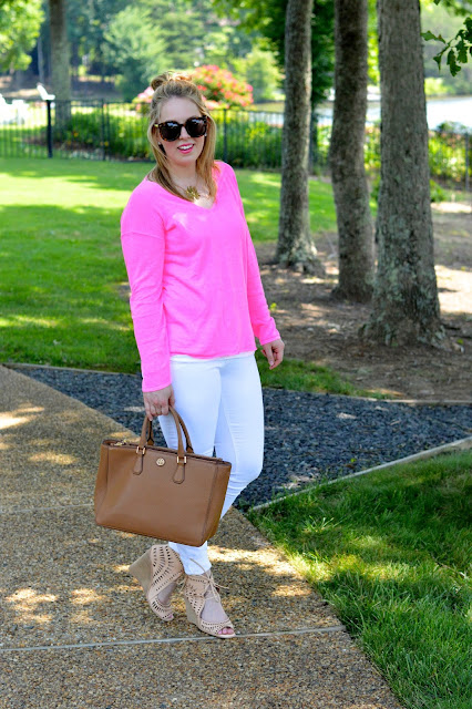 summer-sweater-outfit-ideas