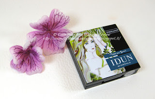 IDUN Minerals - Akleja (Aquilegia) single eyeshadow - packaging