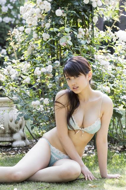 山地まり Yamachi Mari Pictures 04