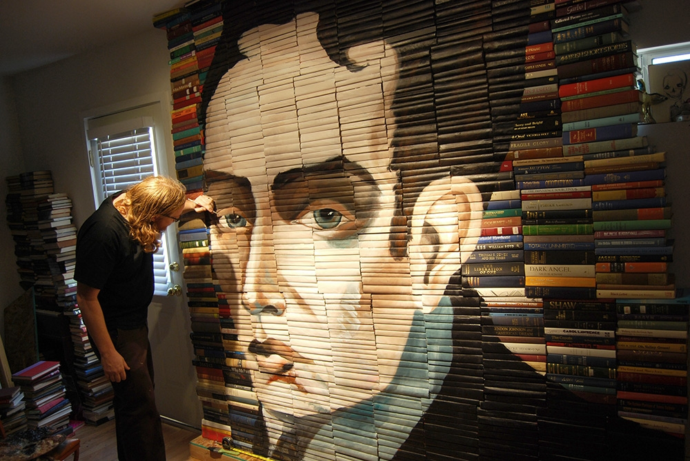 10-Mike-Stilkey-Books-used-as-Canvasses-for-Paintings-www-designstack-co