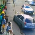 A perseguição a um motoqueiro que estava de carro
