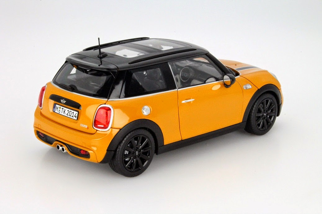 mini cooper s im ma stab 1 18 von norev die 3 generation. Black Bedroom Furniture Sets. Home Design Ideas