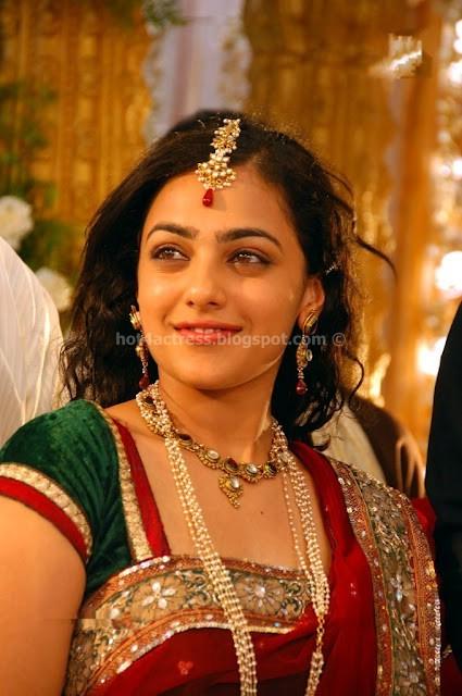 Actress Nithya menon new pics