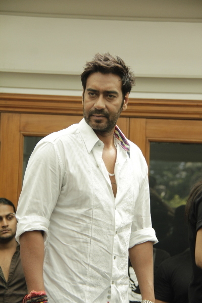 Bollywood Actors Ajay Devgan Upcoming Movies List 2016, 2017, 2018 on Mt Wiki. wikipedia, koimoi, imdb, facebook, twitter news, photos, poster, actress updates of Ajay Devgan, Sivyaye,