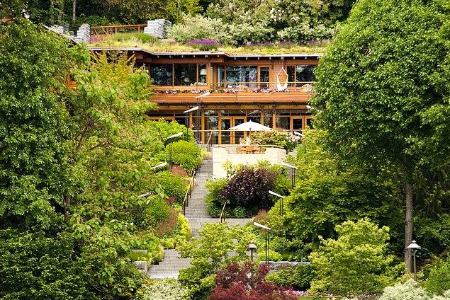 5 Foto Rumah Mewah Artis Hollywood Yang Menakjubkan - Bill Gates - Medina Washingtong
