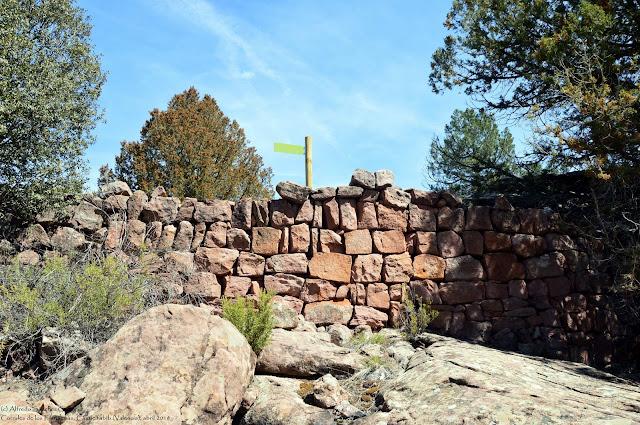 muro-defensivo-corrales-fantasmas-castielfabib