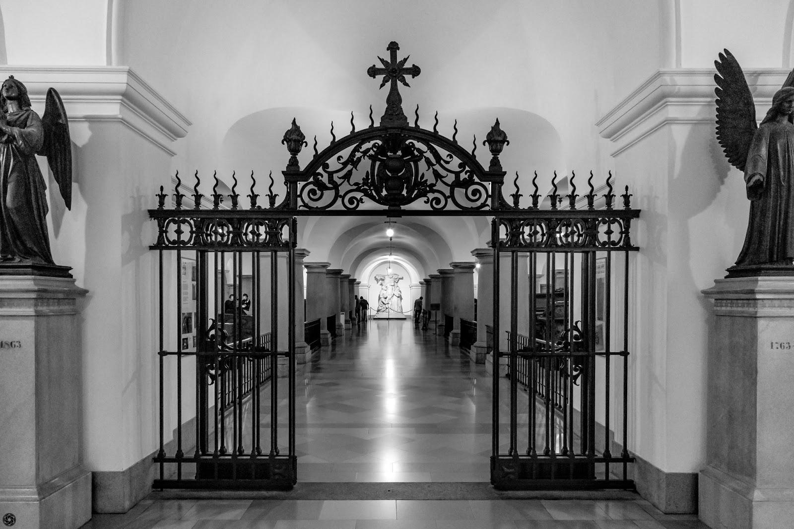 Cripta de los Hohenzollern :: Canon EOS5D MkIII | ISO6400 | Canon24-105 @24mm | f/5.0 | 1/20s