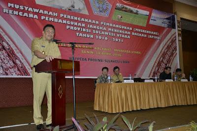 Gubernur Sulut, Olly Dondokambey, SE saat sambutan sekaligus membuka Musrenbang RPJMD Provinsi Sulut Tahun 2016-2021