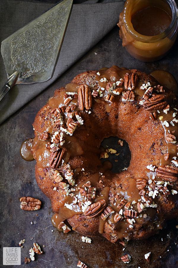 Easy Caramel Pecan Cake