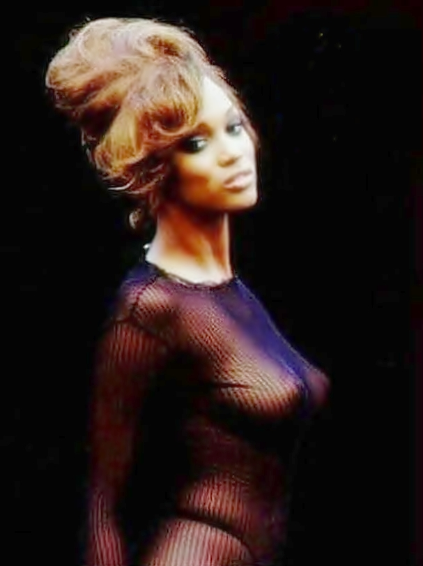 Tyra banks ass pictures — photo 9