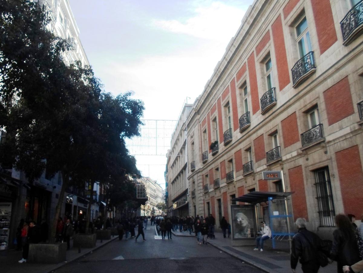 la calle de carretas las primeras barricadas cosas de On calle sol madrid