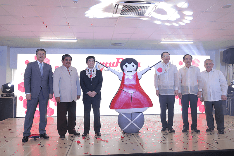 Executives and officials during the event