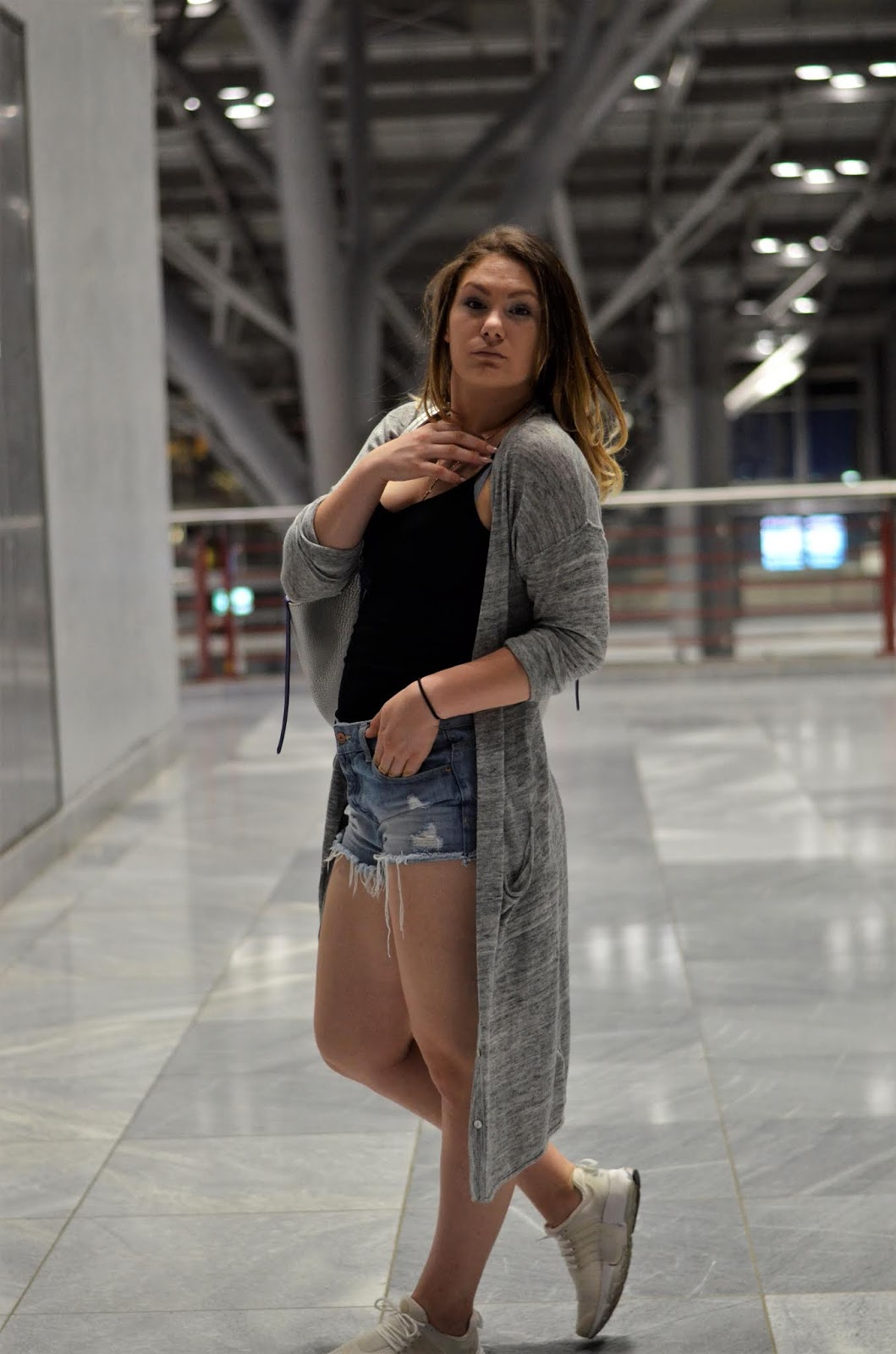 Valentinas Lifestyle Outfit Casual Airport Style