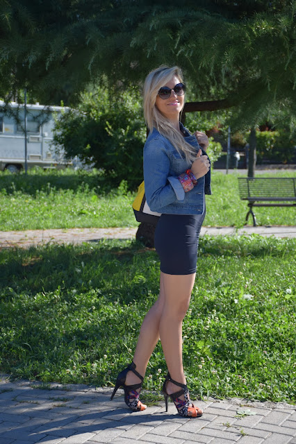 outfit abito nero come abbinare un abito nero abbinamenti abito nero how to wear blakc dress how to combine black dress mariafelicia magno fashion blogger colorblock by felym outfit luglio 2016 outfit estivi summer outfits july outfits fashion blogger italiane fashion bloggers italy influencer italiane italian influencer