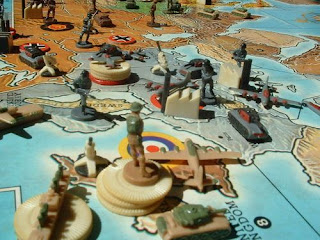https://boardgamegeek.com/image/126739/axis-allies