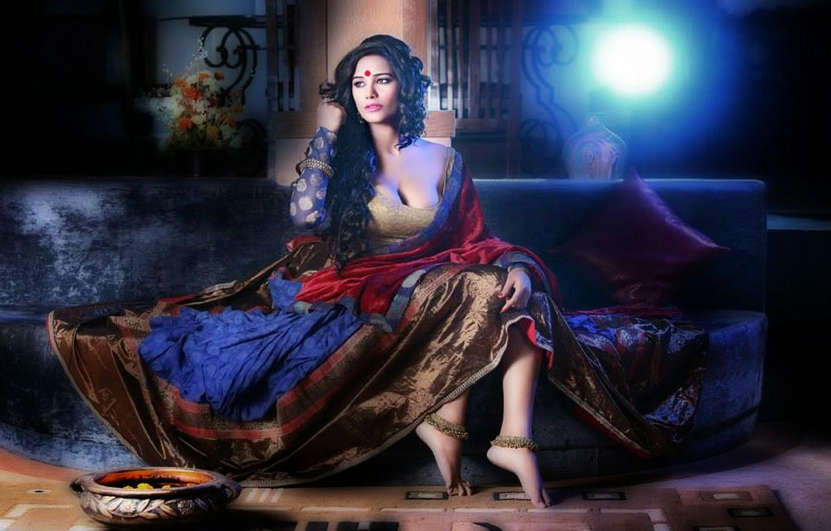 Samantha Ruth Prabhu 3d Wallpaper Poonam Pandey Latest Photoshoot Still Hot In Desi Style