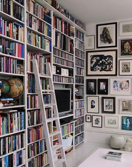 Vertical Personal Library Idea - Image: Pinterest Community