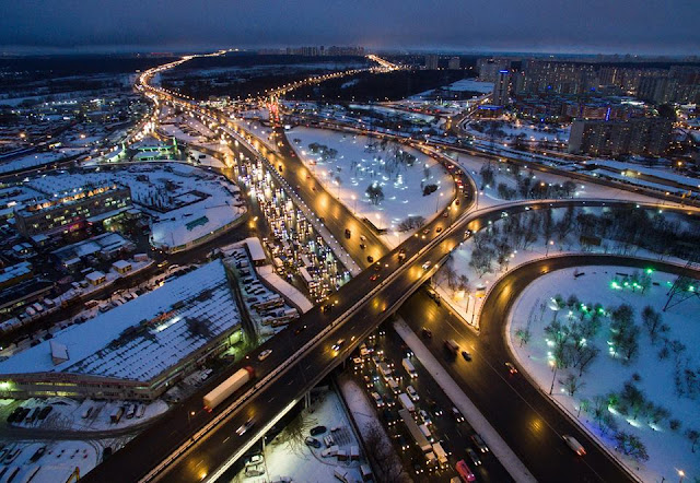 Breathtaking nightscapes in Moscow stun citizens