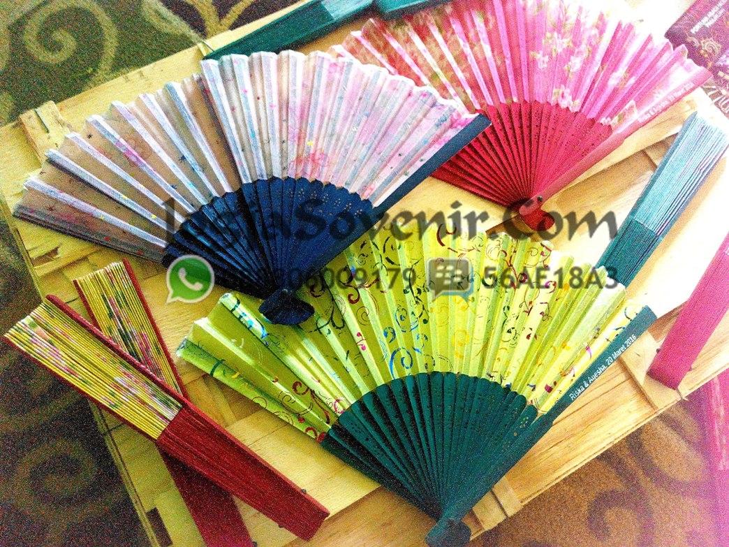 Jual Souvenir Kipas Jepang Warna
