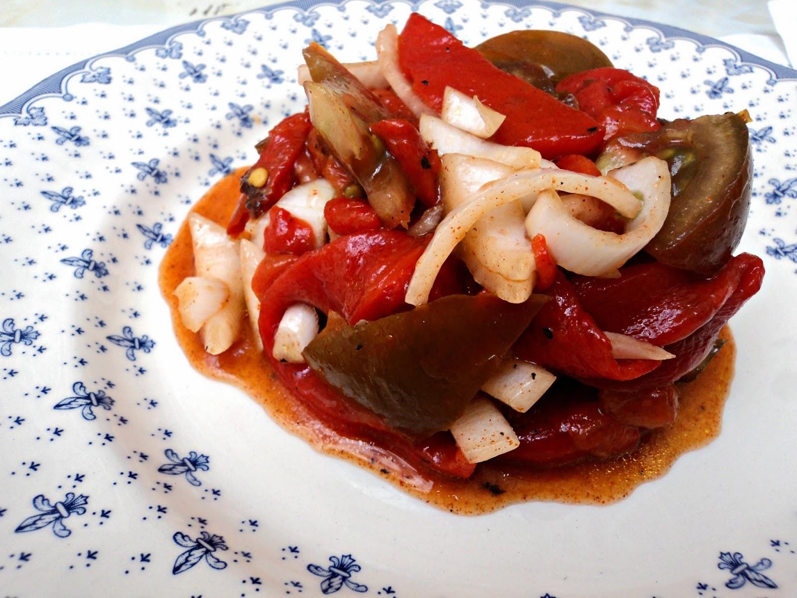 ensalada-pimientos-asados-tomate