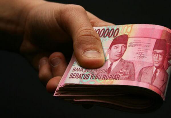 pinjaman uang tunai