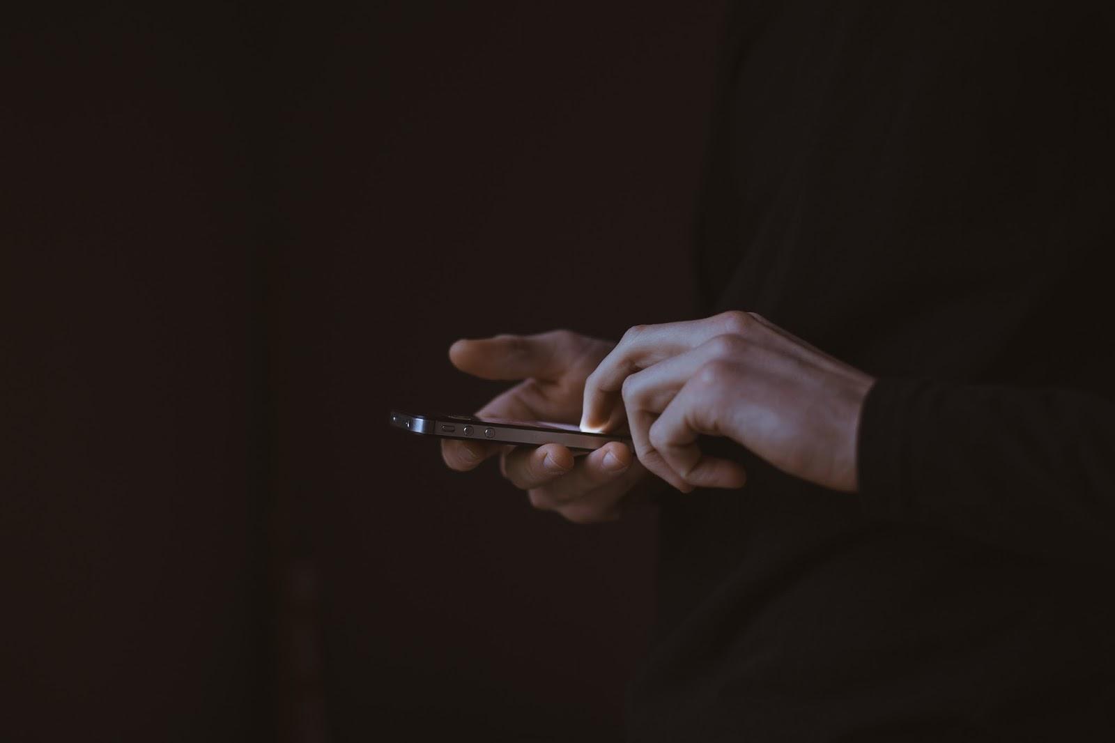 SMS Pertama di Dunia Dikirim 25 Tahun Lalu, Apa Isi Pesannya?