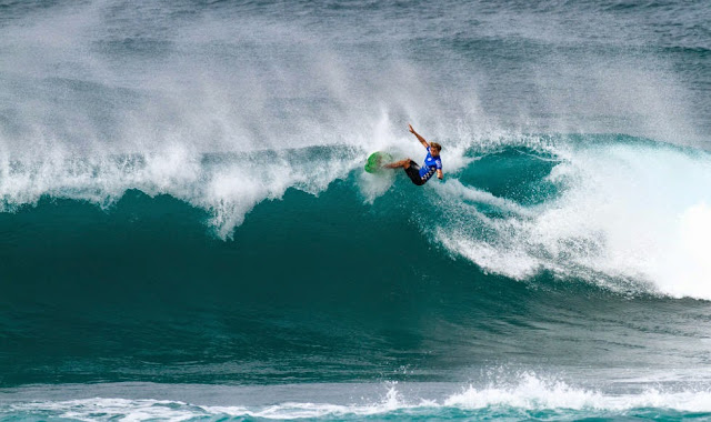 49 Vans World Cup of Sufing 2014 Ricardo Christie Foto ASP